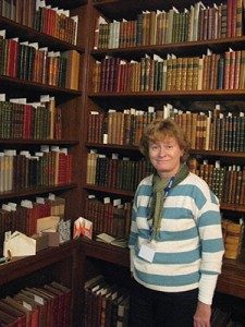 Angela Thames - artist-in-residence at Chawton House Library