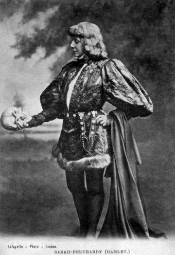 Sarah Bernhardt - Hamlet